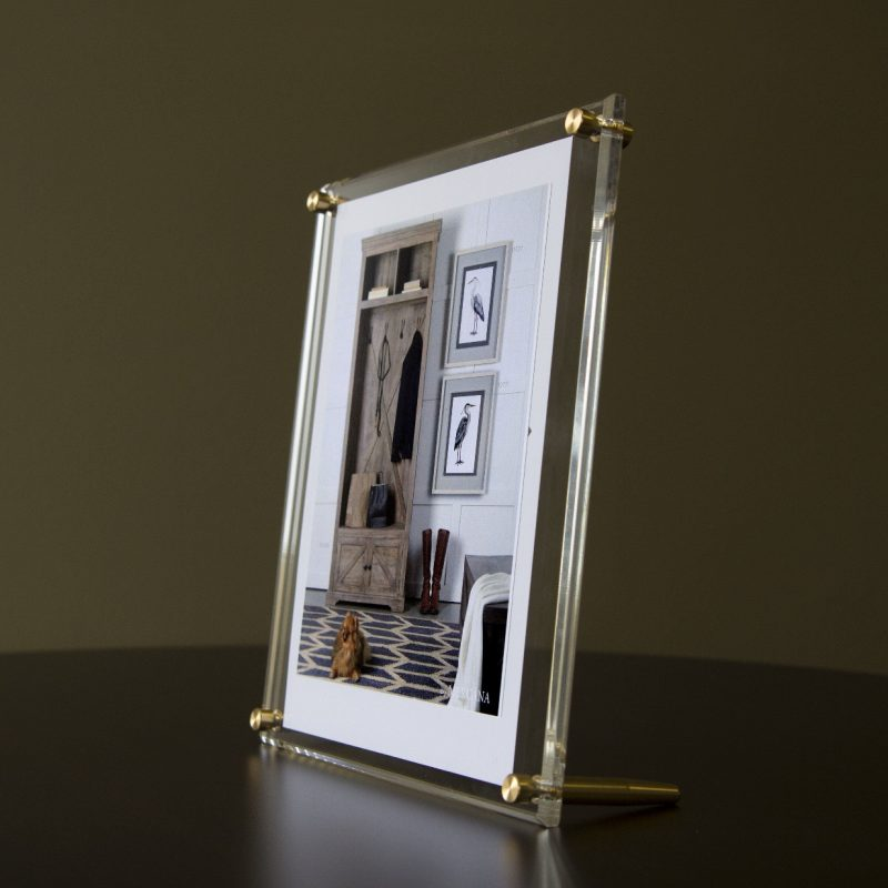 "Acrylic Bevel Tabletop Float Frame for 8"" x 10"" photos 