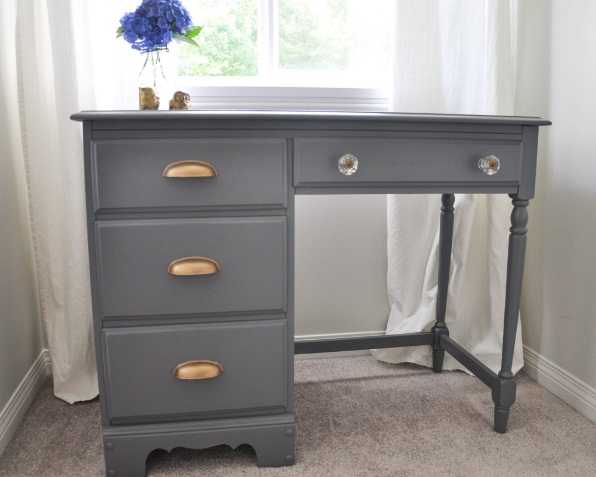 An Old-School Desk Gets A Whole New Look - Suburble