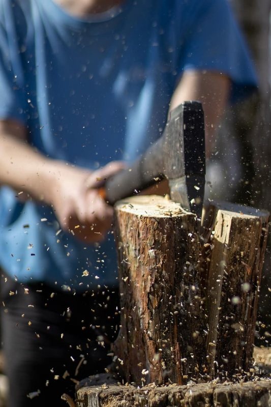 axe, wood, cutting, lumberjack, hatchet, woodcutter, tool, tree, forest, cases, ax | Pikist