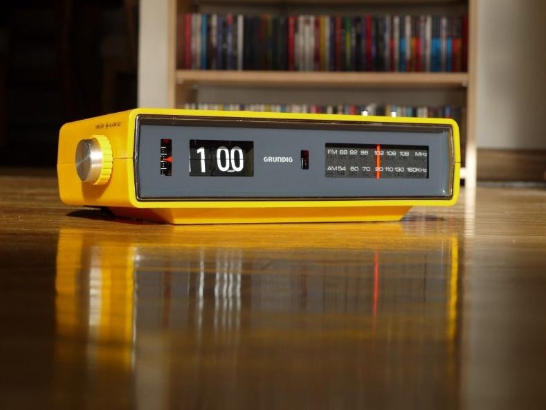 Grundig Flip Clock Radio Copal Eames Danish Howard EZ | Flip clock, Clock,  Radio