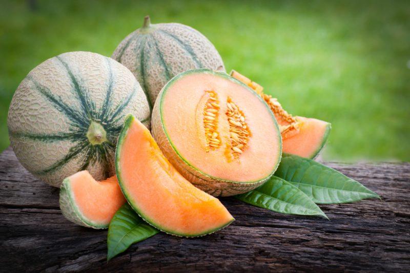 Stop Googling 'Cantaloupe Calories' and Make a Damn Smoothie Already -  Organic Authority