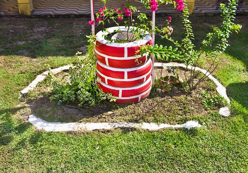 14 Awesome Tire Planter Ideas For the Garden You Try Today in 2020 | Tire planters, Plant decor, Planters