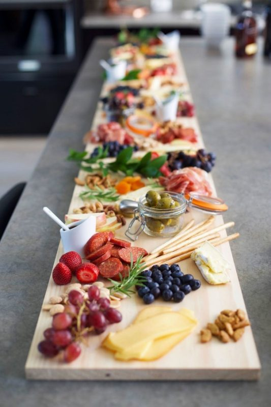 15 Stunning Wedding Tips in 2020 | Antipasto platter, Appetizers for party,  Food platters