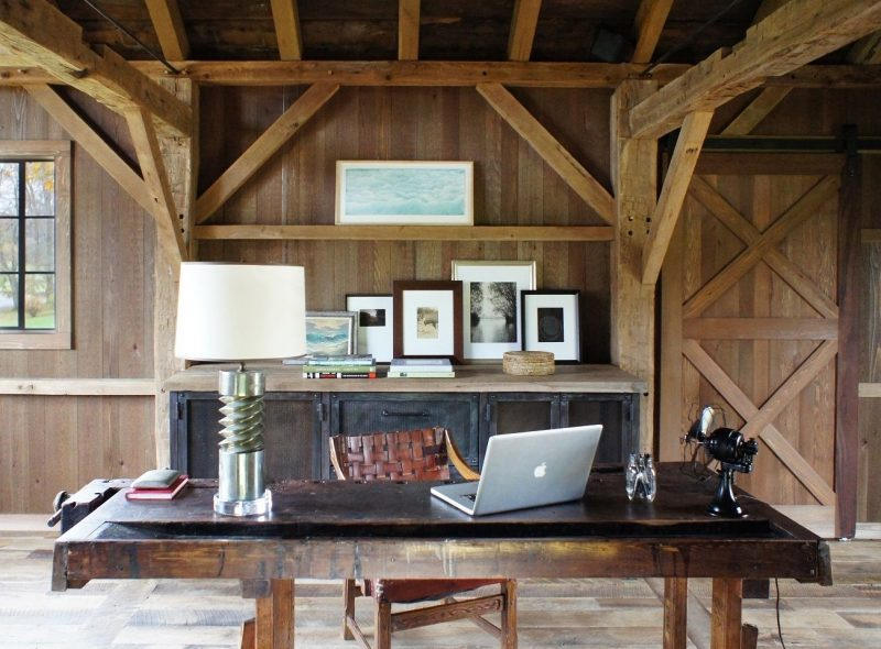 20 High-Design Home Offices (With images) | Rustic home offices, Rustic  office decor, Converted barn homes