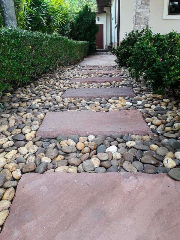 30 Walkway Ideas For Inspiration in 2020 | Garden steps, Walkway design,  Garden pathway