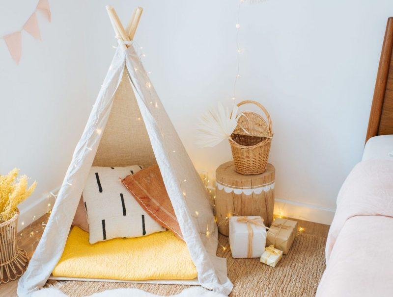 DIY Kids Indoor Play Tent | Collective Gen | Diy kids teepee, Teepee kids, Kids  indoor play