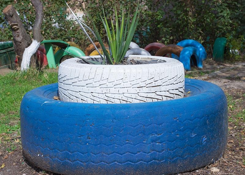 Double Tire Planter