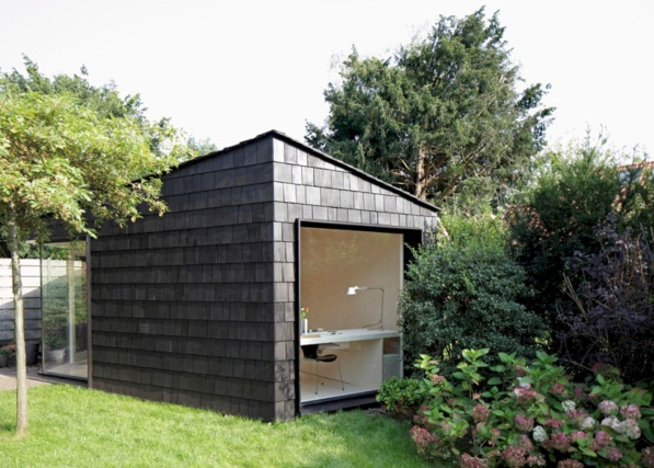 Gorgeous 48 Inspirational Backyard Studio and Office Ideas https://bellezaroom.com/2017/09/16/48-inspiratio… | Backyard guest houses, Garden studio, Backyard office