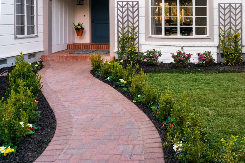 How to Add Curb Appeal With Colorful Walkway Plantings | HGTV