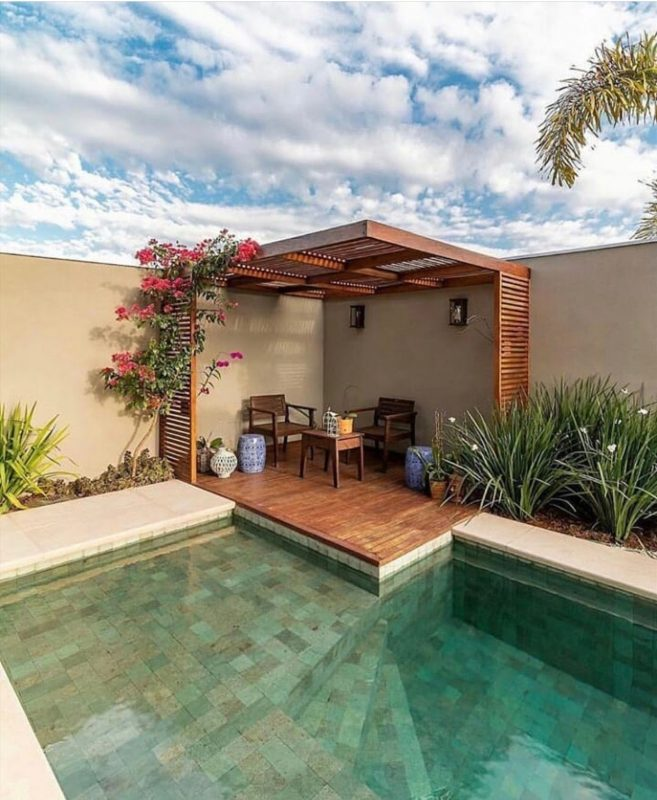 Pin by E M on Piscina e Área Externa   Backyard pool designs, Backyard  patio, Patio
