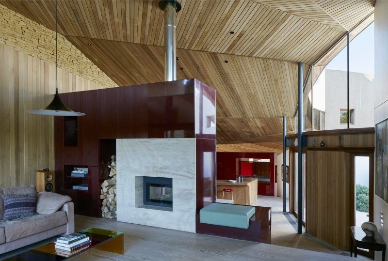Stonecrop House by Featherstone Young in 2020 | House, Modern fireplace  decor, Fireplace surrounds
