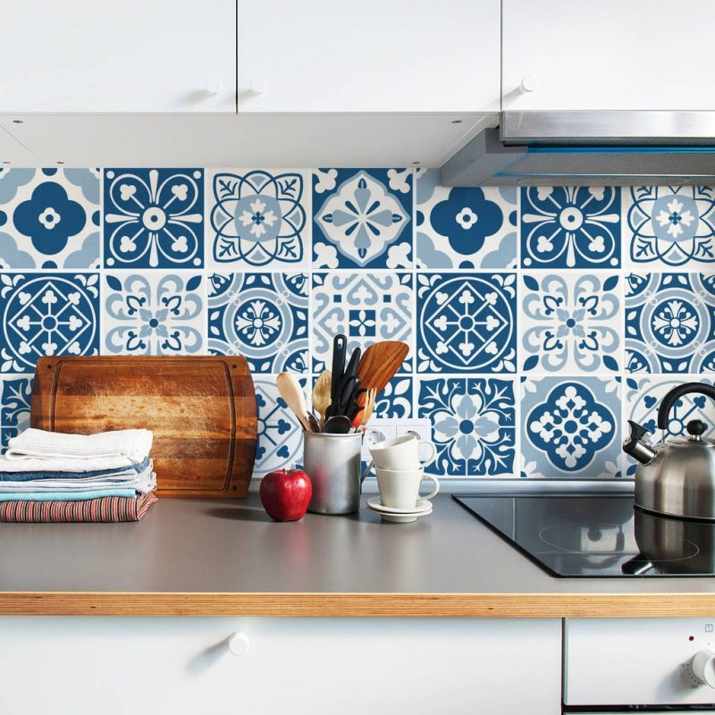 40+ Beautiful Moroccan Tile Floor Motif - Decornish [dot] com | Blue moroccan tile, Tile stickers kitchen, Tile decals