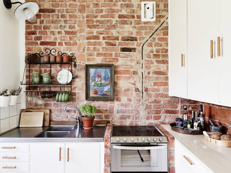 Brick wall kitchen - COCO LAPINE DESIGN | Exposed brick kitchen, Brick wall  decor, Brick wall kitchen