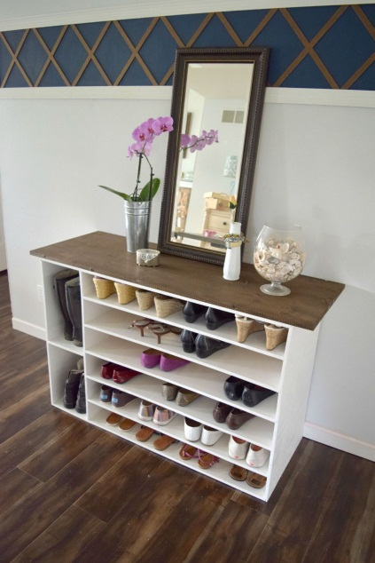D:\@ARSIP\2020\NOVEMBER\10-Easy-Shoe-Storage-Ideas-for-Small-Spaces-You'll-Love-8.jpg
