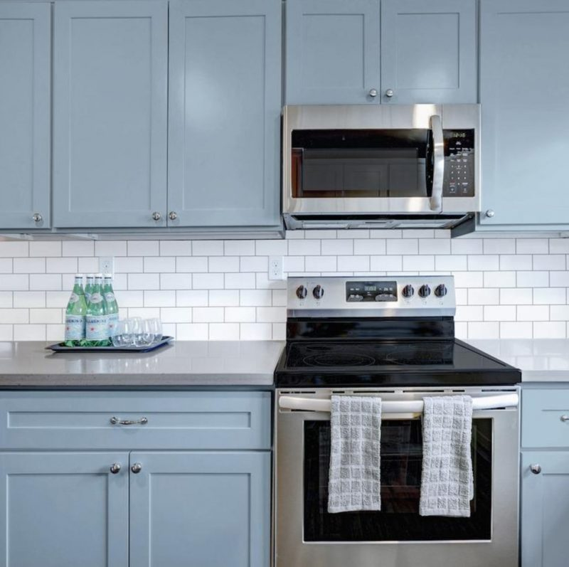 Giani Subway Tile Paint Kit Will Help You Easily DIY Your Backsplash For  Under $50
