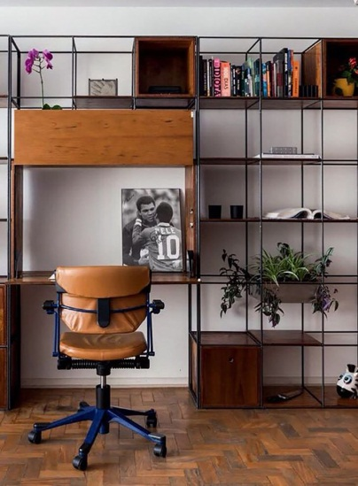 https://www.daninoce.com.br/wp-content/uploads/2017/08/estante-modular-vergalhao-ferro-e-madeira-decoracao-danielle-noce-1.jpg