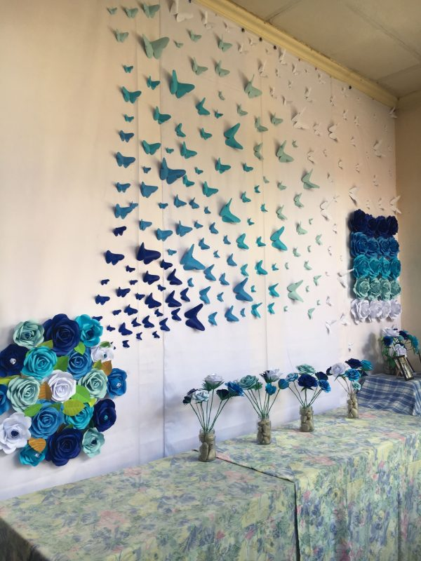 Ombre Paper Butterflies Shades of Blue by Gelle DIY Backdrop Hand-made Paper Flower by GelleDIY #Nurse… | Paper wall decor, Wall stickers bedroom, Paper room decor